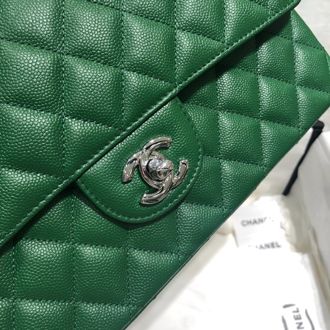 Chanel 香奈儿 法国原厂Haas球纹鱼子酱牛皮25cm 青草绿银扣