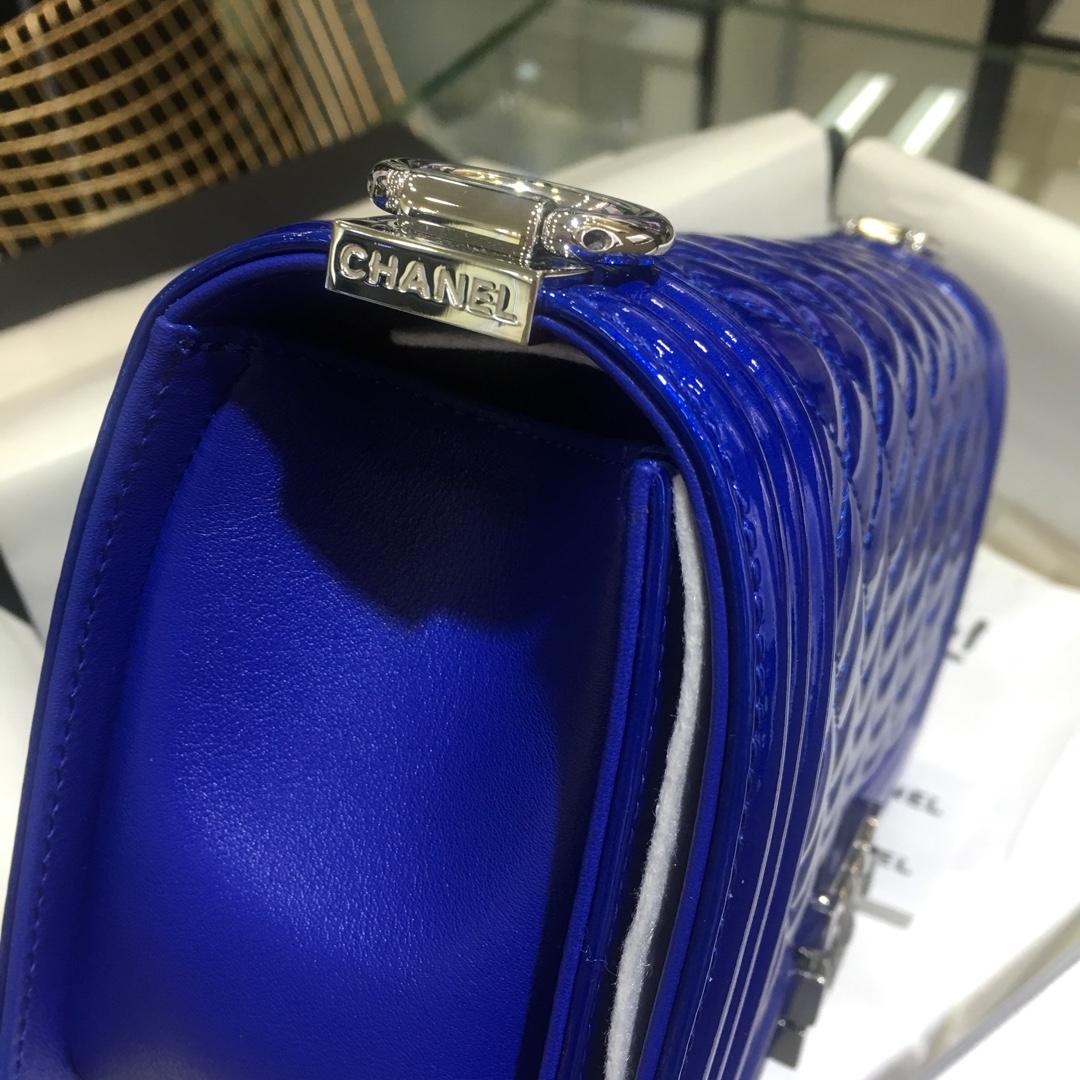 Chanel 香奈儿 Leboy 顶级代购版本 25cm~原版漆皮~电光蓝~银扣