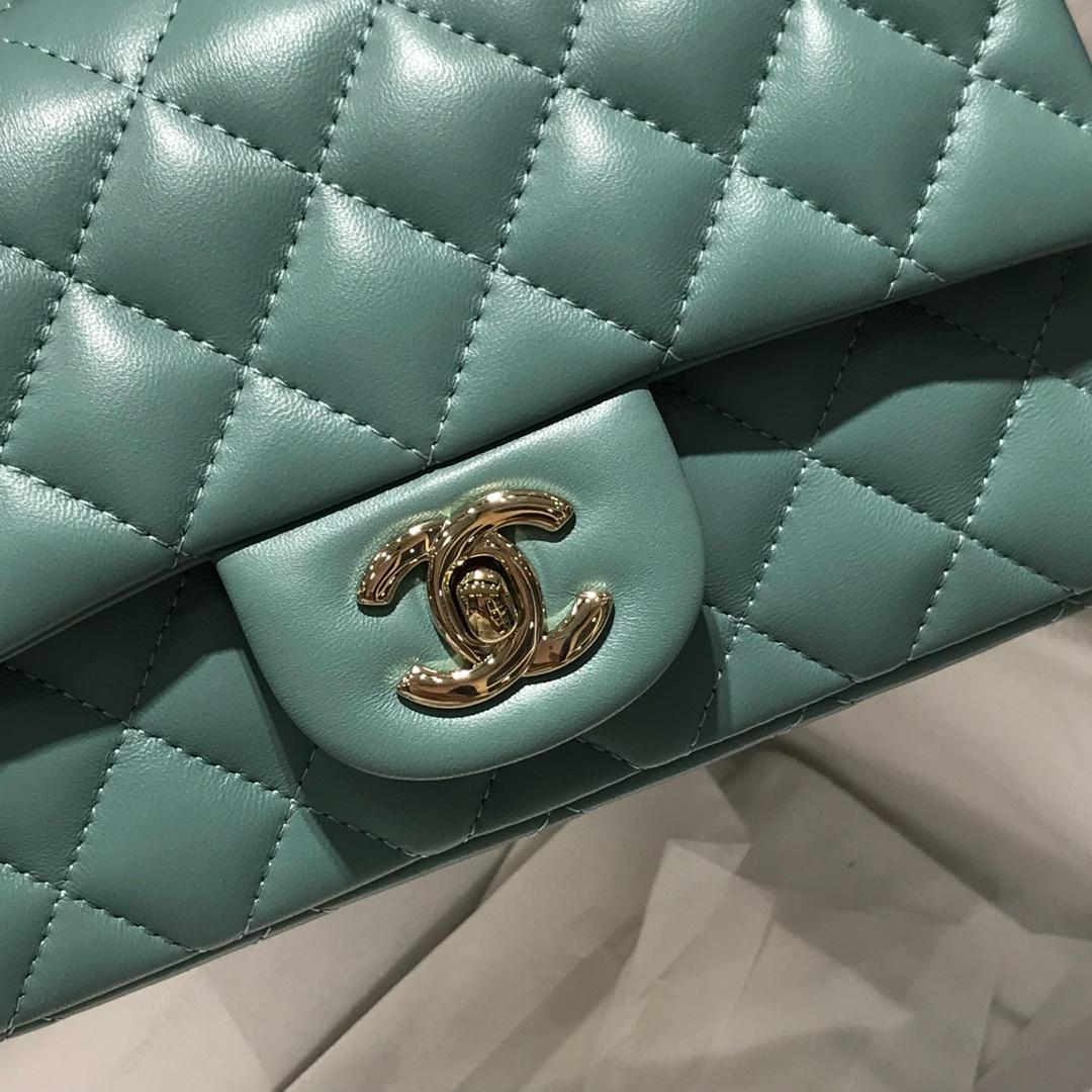 Chanel 香奈儿 Classic Flap 20cm 小羊皮真空电镀纯铜五金~ 薄荷绿色~香槟金色