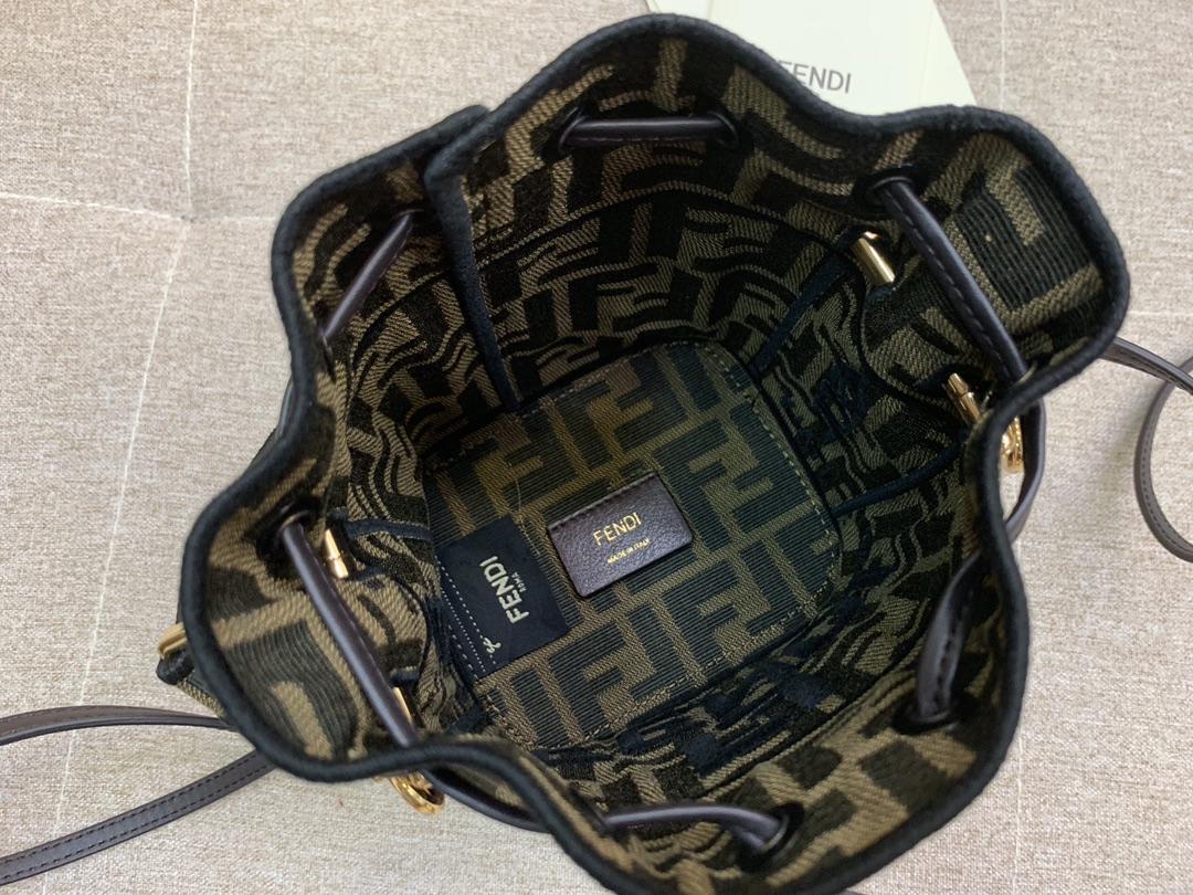 Mon Tresor 小号水桶手袋 配有抽绳和F金属标志装饰 可单肩背或斜挎 18x12x10cm 5538