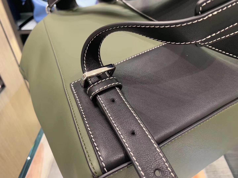 Loewe 罗意威 大背包 灰绿色代购版本 大容量