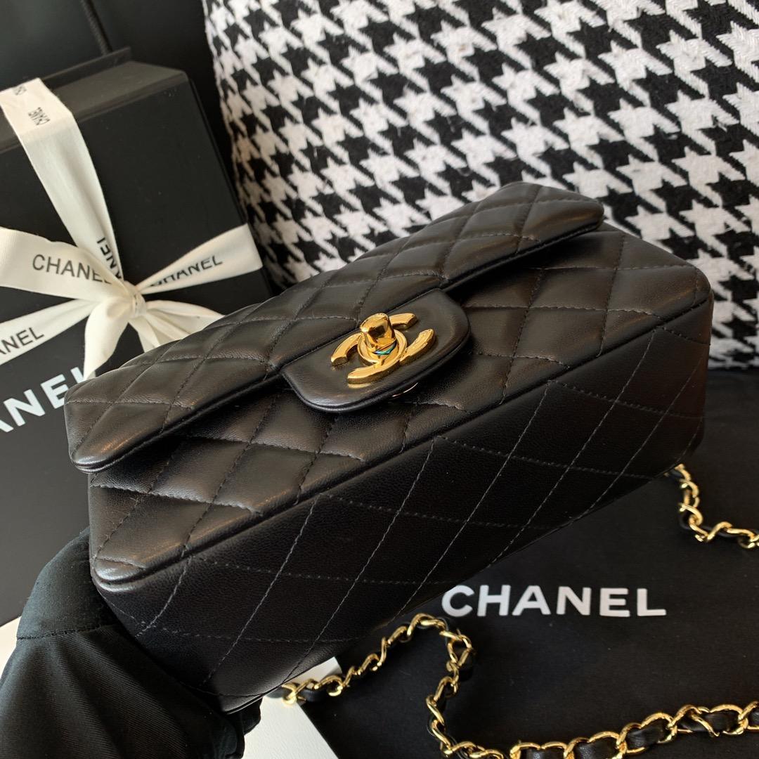Chanel 香奈儿 【真品级】原厂《Classic Flap》代购版本20cm~原厂小羊皮~黑色~金扣