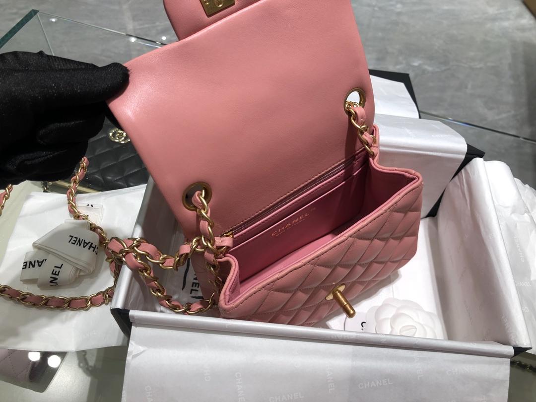 香奈儿香港官网【真品级】原厂《Chanel》CF方胖子~代购版本17cm~原厂小羊皮~细节~樱花粉~砂金扣